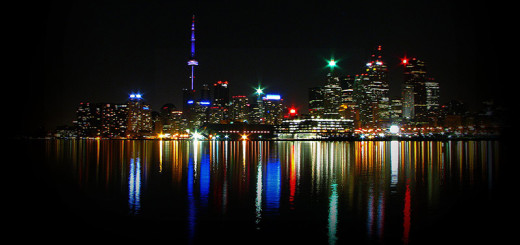 Toronto-Skyline-at-night