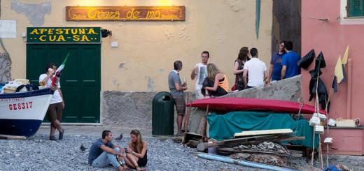 socialising-in-Italy
